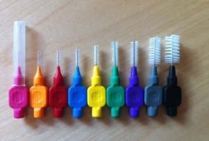 interproximal brushes